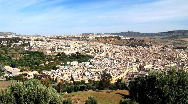 Maroc panorama avec vue sur le ville de Fès