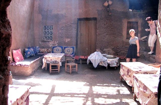 Maroc vallée de l'Ourika accueil dans une maison Berbère
