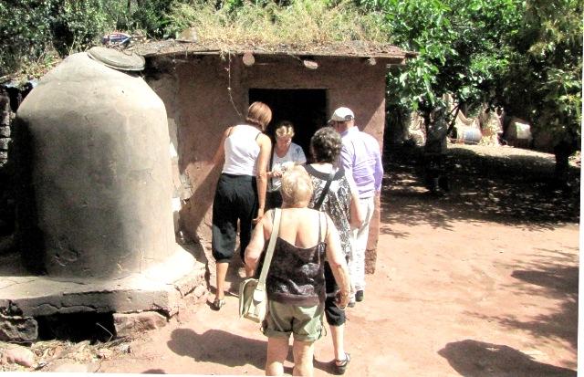 Maroc vallée de l'Ourika maison Berbère hammam.